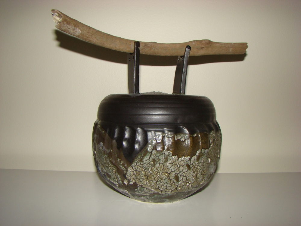 stoneware-jar-with-wooden-handle