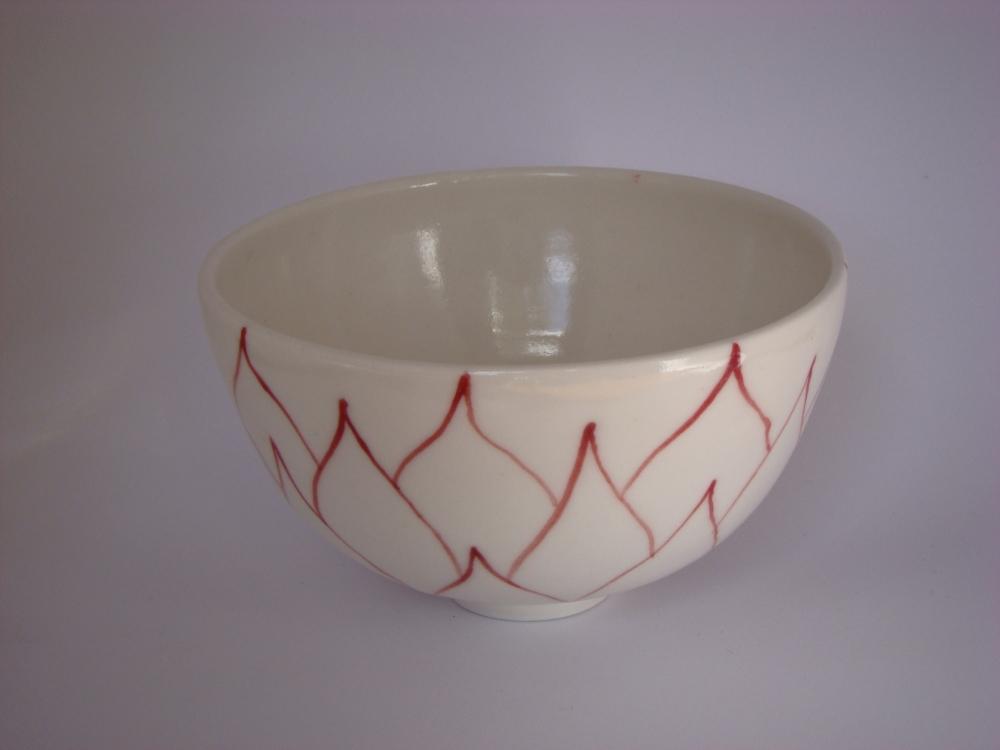porcelain-bowl-red-decoration