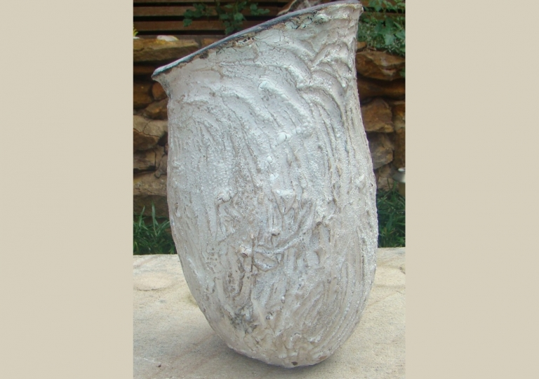textured-treated-coiled-urn