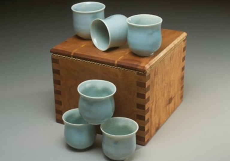 box-and-tea-bowls