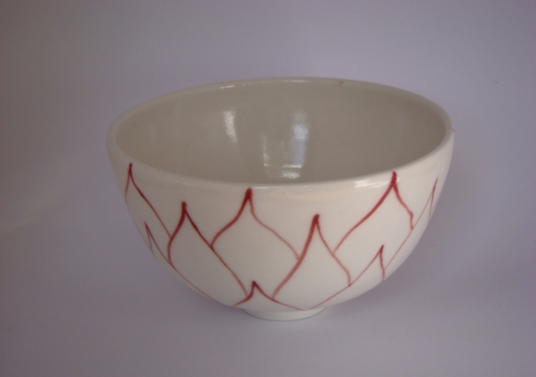 porcelain-bowl-red-decoration